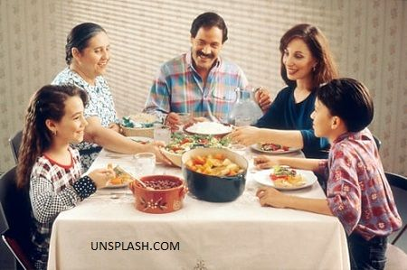 happy-family-607d9e28d541df19d231e072.jpg