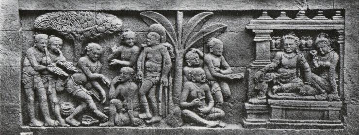 Relief-relief alat musik di Borobudur. Sumber: Kebudayaan. Kemdikbud