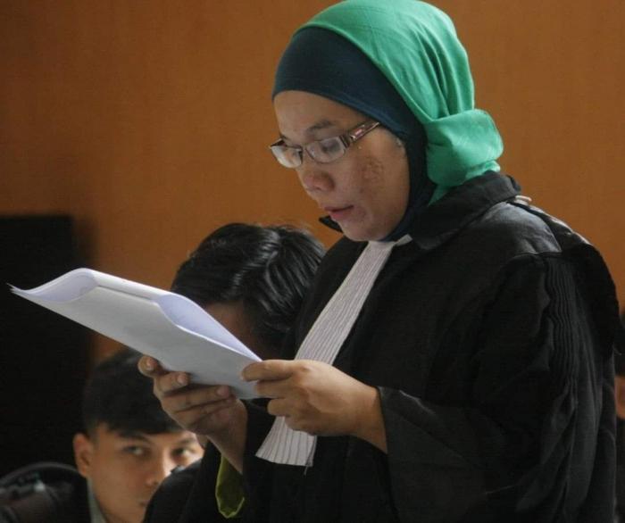 Sumber : FB Kartika Kariono (Lokasi : Pengadilan Negeri Palembang)