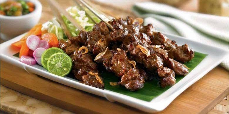 Sate bekicot, menu buka puasa yang tidak biasa (foto dari kooliner.com)