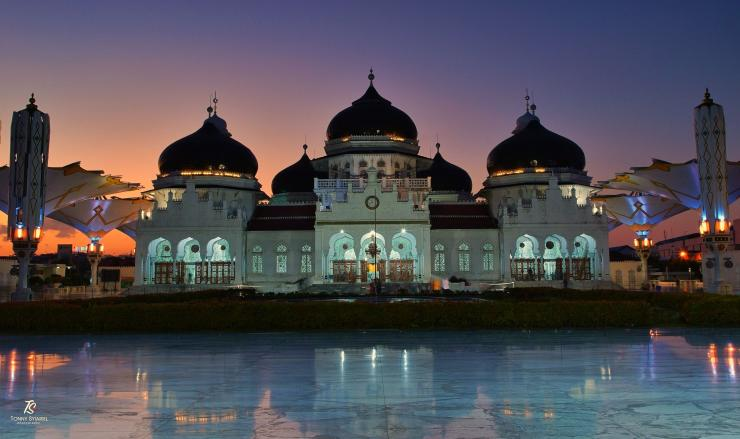 Masjid Raya Baiturrahman ketika sunset. Sumber: koleksi pribadi