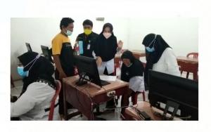 Kisah Sedih Guru Honorer yang Ikut Tes PPPK