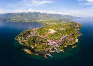 Pulau Samosir ; Keindahan Alam dan Kekayaan Warisan Budayanya Menjadi Magnet Bagi Para Wisatawan