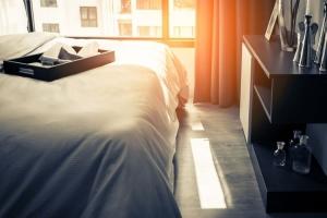 10 Barang Kamar Hotel yang Boleh Kamu Bawa Pulang
