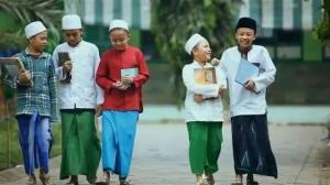 Presiden Jokowi: Orientasi Santri Bukan Cari Kerja, tapi Wirausaha