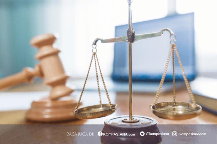"""Tafsir Hukum Kasus Habib Rizieq: Upaya """"Kriminalisasi"""" atau """"Mengkriminalkan"""" Diri?"""