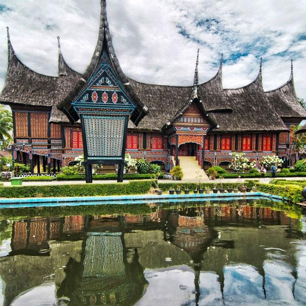 Menjadikan Taman Mini Indonesia Indah Tmii Sebagai Rumah Bagi