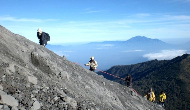 Jalur Pendakian Gunung Semeru Dari Kota Malang Kompasiana Com