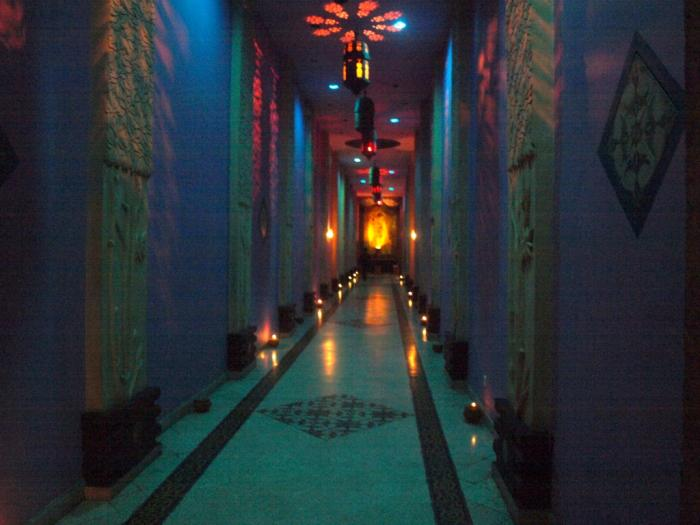 Tempat Romantis Untuk Nulis Restaurant Melati Hotel Tugu