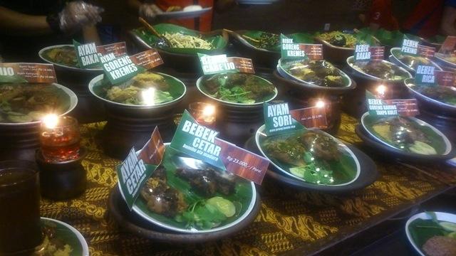 Asyiknya Bisa Makan Bebek Kaleyo Di Grand Wisata Bekasi Oleh Sonta