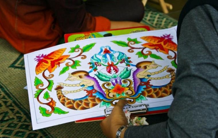Warna Warni Batik Dalam Imajinasi Anak Indonesia Halaman All Kompasiana Com
